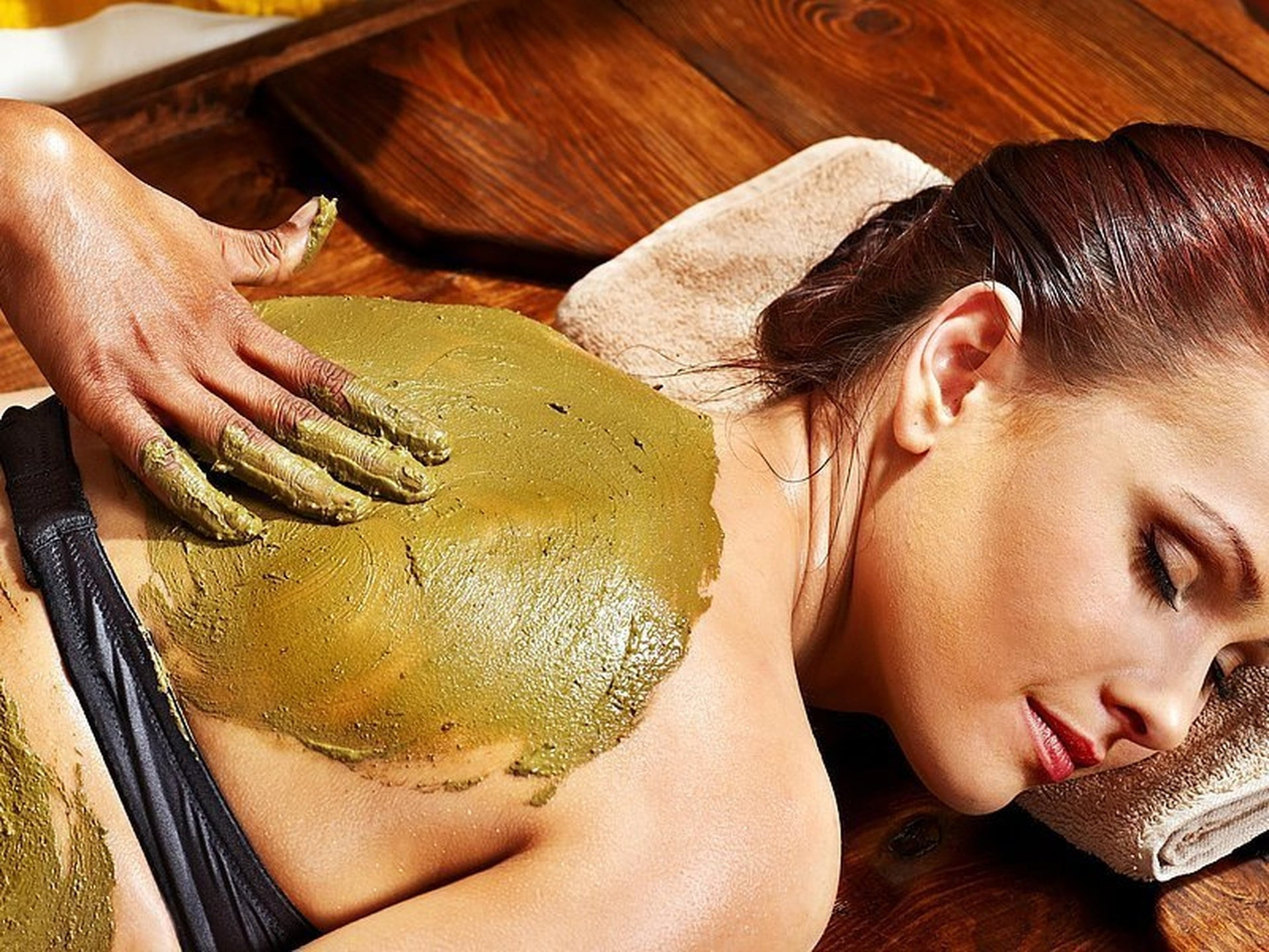 8 impressive benefits of ayurvedic massage